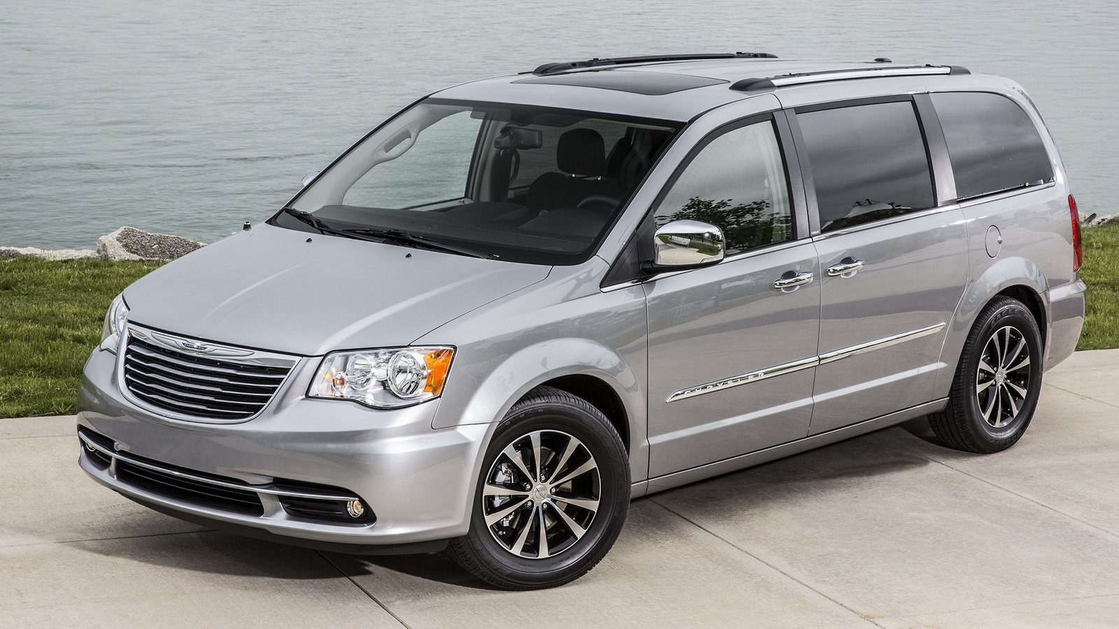 2015 chrysler town country reviews photos video and price hiclasscar car photos catalog 2018. Black Bedroom Furniture Sets. Home Design Ideas