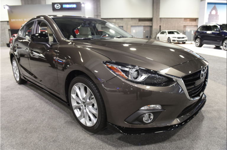 Following A Significant Update Last Year The 2017 Mazda 3 Sedan Are Largely Unchanged Aside From New Special Edition Trim Level Lookin More Photo Review